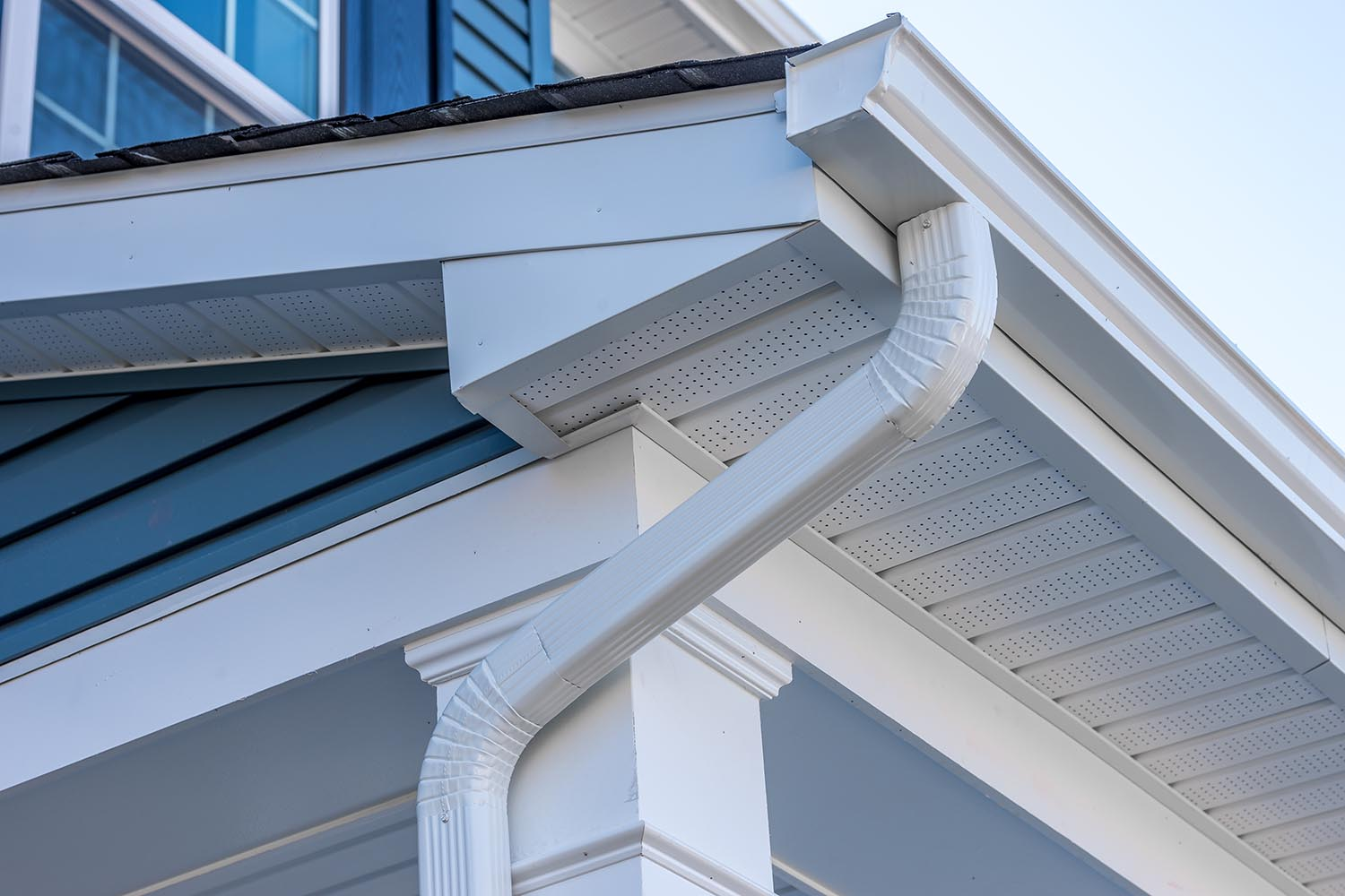 EC roofing can install new gutters